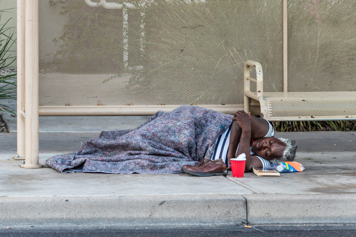 Aiming to Help Homeless, UCLA Residents Practice 'Street Psychiatry